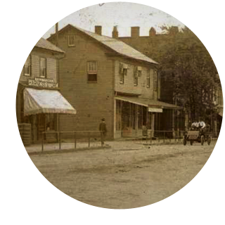 Main Street in Columbiana, Ohio, circa 1907